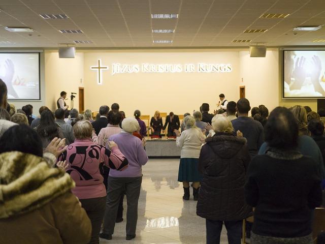 Епископ Жулио Фрейтас посетил Россию и Латвию